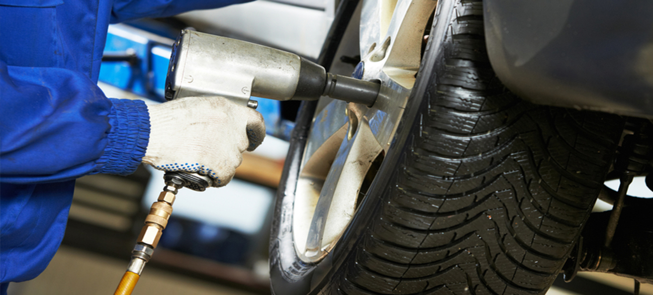 Tyre Fitting - Dawlish Tyre & Auto Centre Ltd
